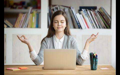 15 Техники, с които ще се успокоите за минути в работата