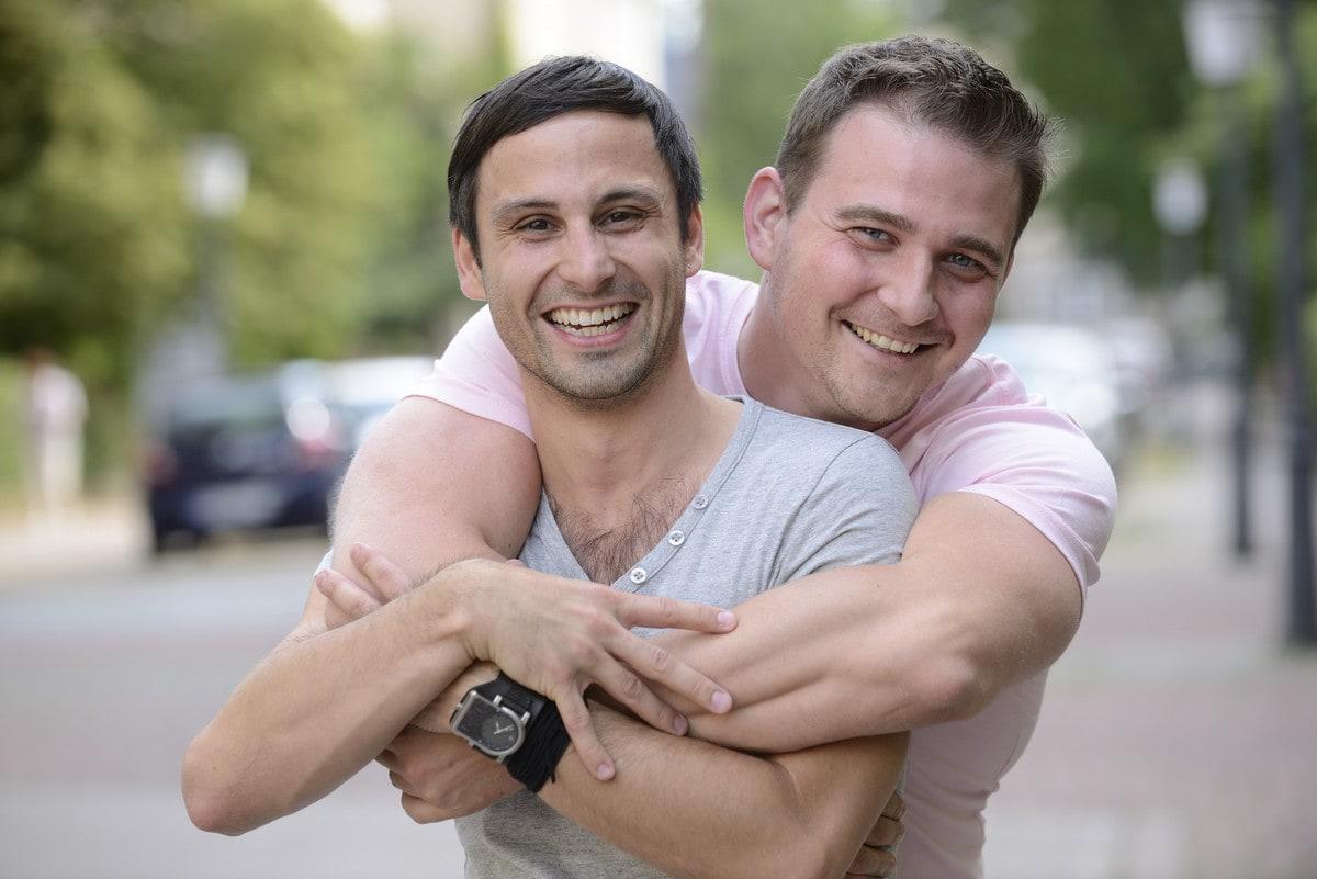 Какво представлява хомосексуалността, споделят от Adamieva