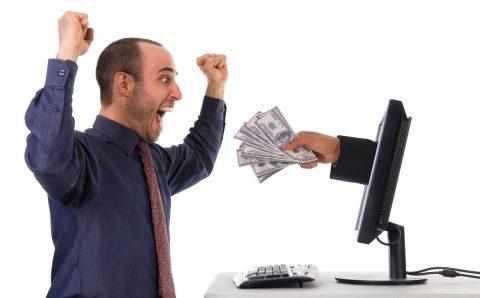 Как да избегнете рисковете при вземане на бърз кредит онлайн – съвети от CashCredit
