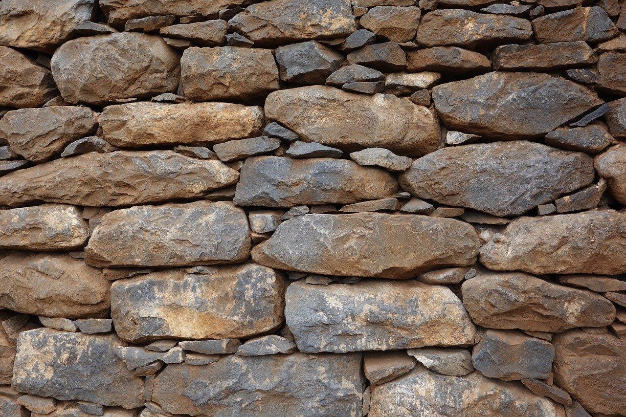 Защо да изберем естествен камък за своя дом, споделят от Piatraonline
